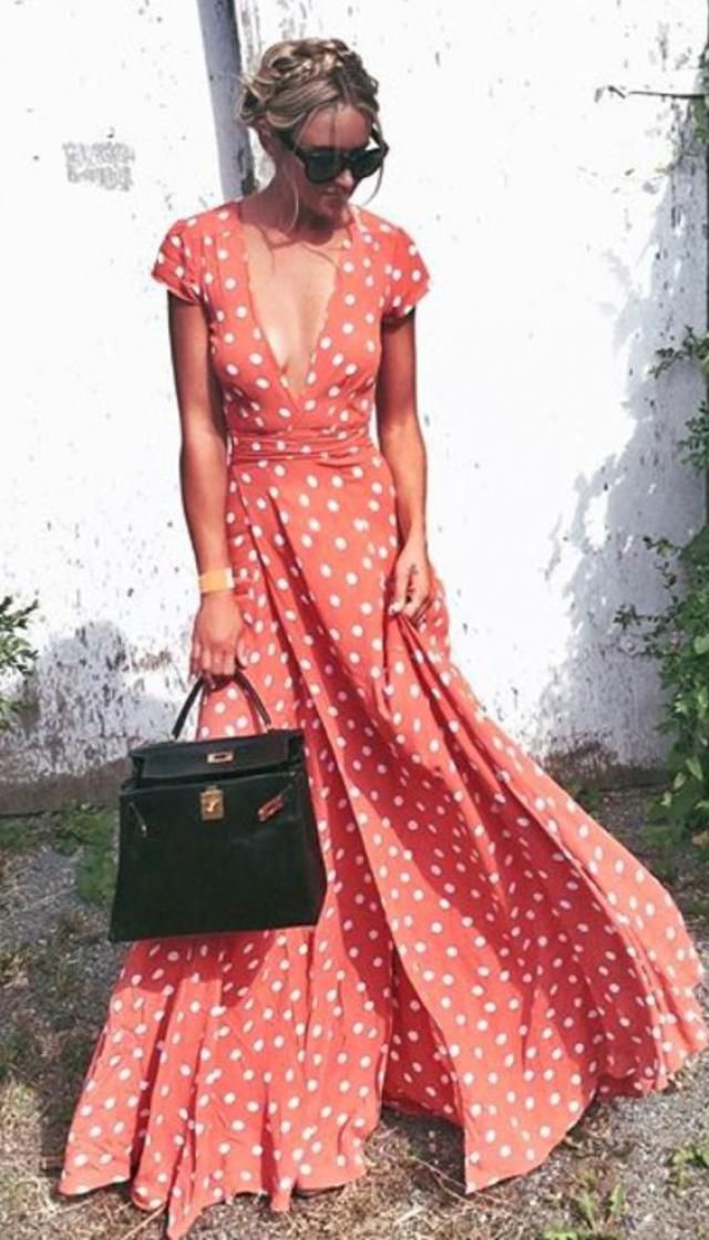 Every woman needs a comfortable, special and just like her dressed long dress in which she will spend the summer. Zaful…