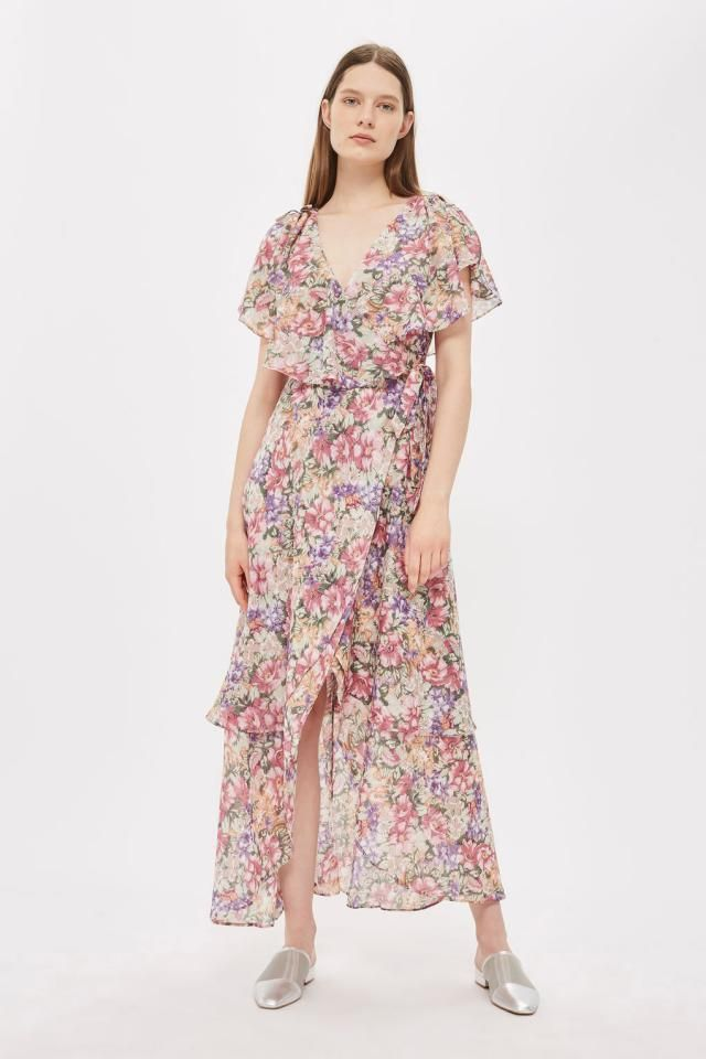 Long flowering garments are an indispensable piece of clothing,