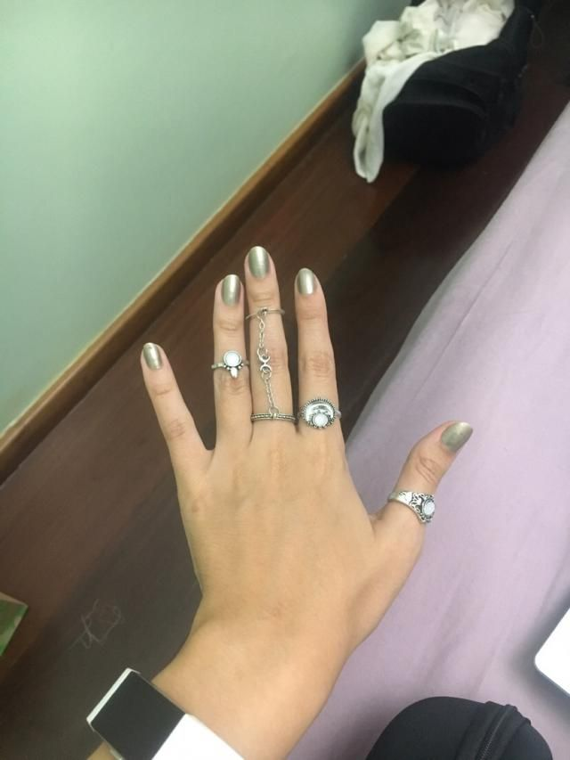 Love these rings, not great quality, but nobody can tell hahaha