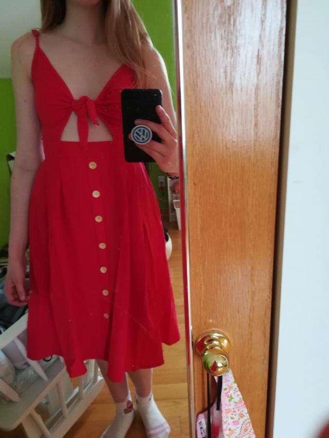0bf815bc707  zafulsnap Très jolie robe. les bretelles sont un peu trop grande