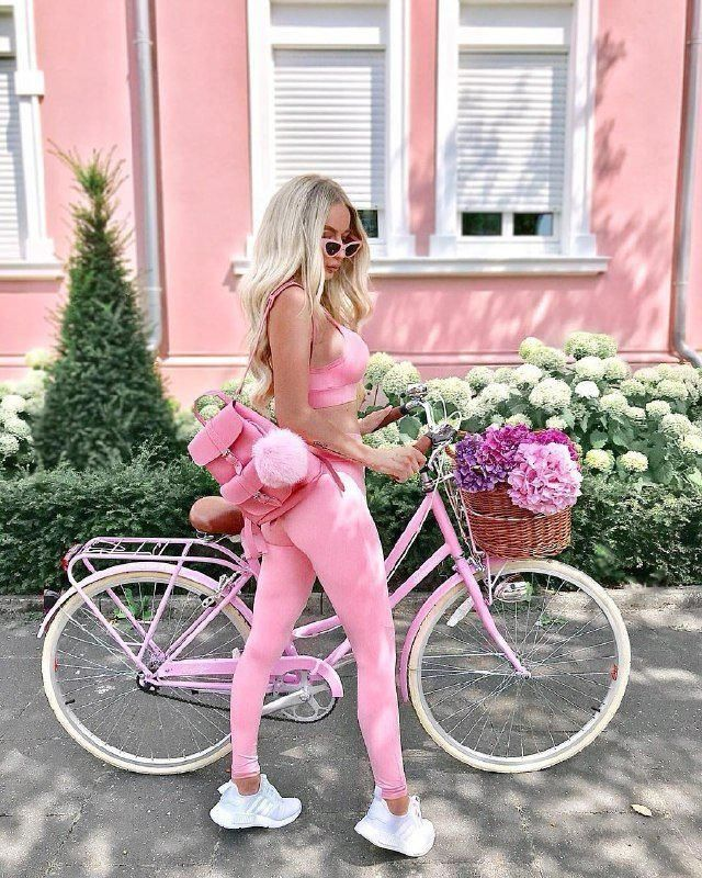 Cute pink workout outfit I love this is so adorable