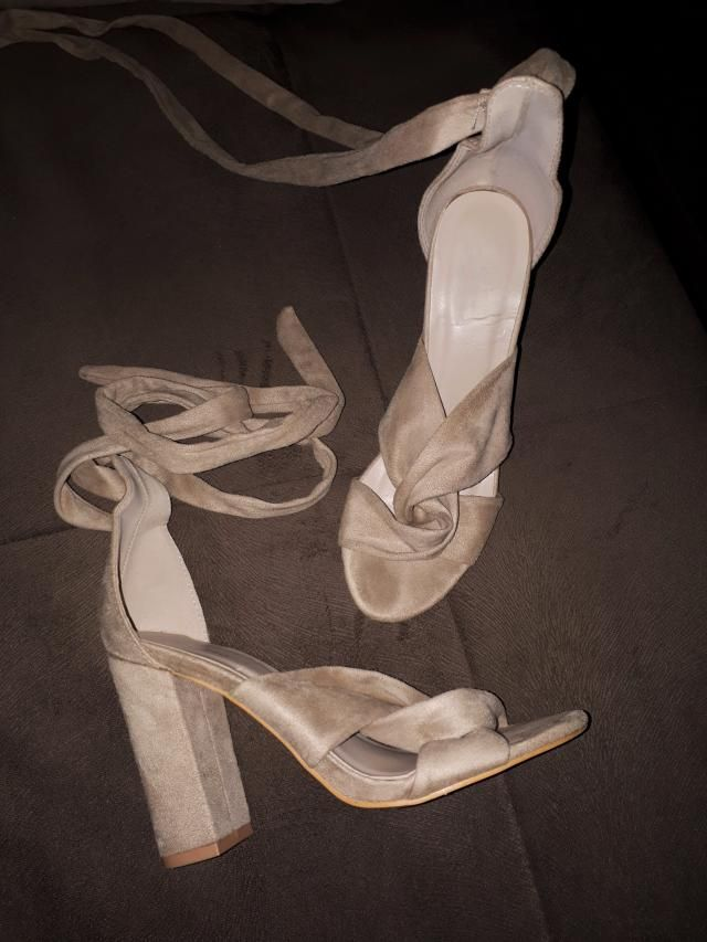 My favorite sandals for evening dresses :) Stylish, but so comfortable!