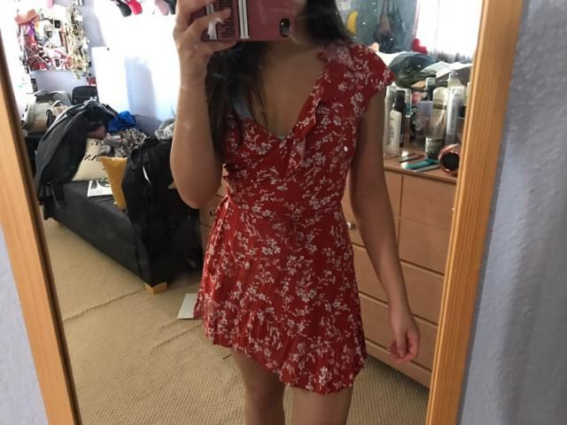 definitely size up cos it's short. I usually wear small but got a medium instead. Pretty cute but shows some cleavage.…