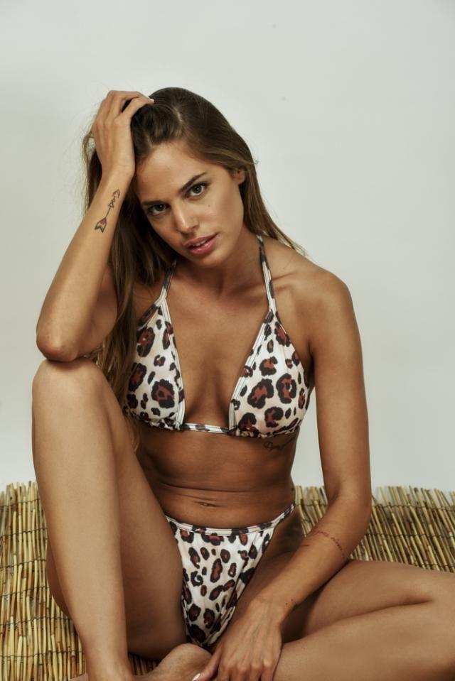 ZAFUL Leopard Animal Print String Bikini   Wonderful leopard print  bikini set ! Summer is coming, time to rebuild y…