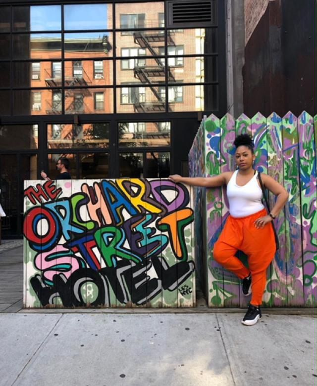I chase art in NYC, so I love shopping on Zaful because all your clothes are rather artsy! The pants came and were ora…