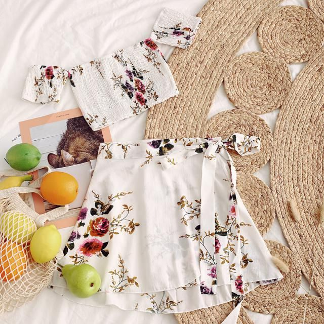 Just add to my summer-must-have list! Like this post if you think it&;s cute too ;)
