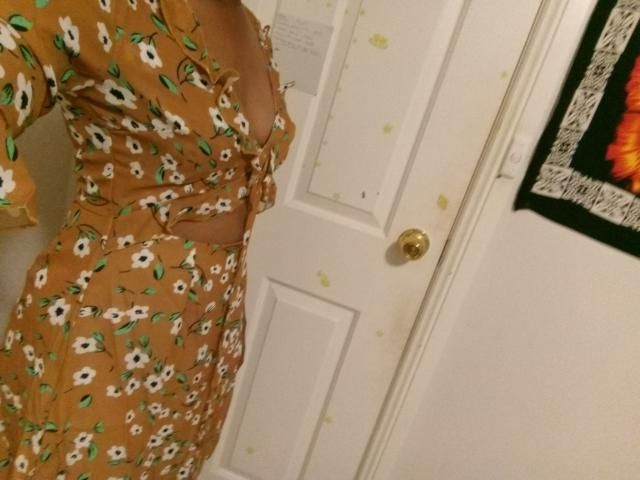 Super cute Looks exaclty like the pictures   however it hung a little loosely around the waist, other than that I love…