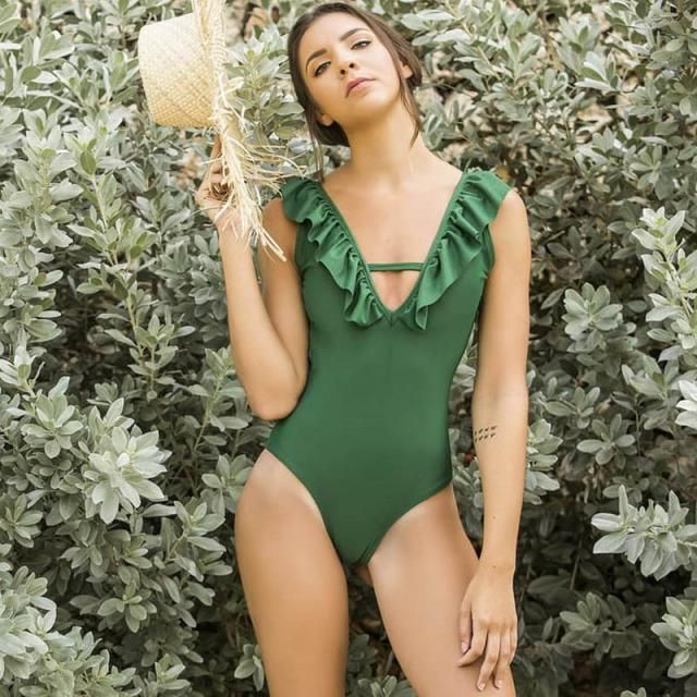 ZAFUL Ribbed Ruffle Plunge Swimsuit   Wonderful ruffle swimsuit. Summer is coming, time to rebuild your closet with ne…