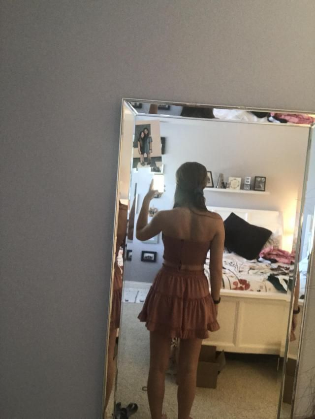 I let my friend borrow this before I wore it and she loved it as well did a bunch of other people! I've worn it togeth…