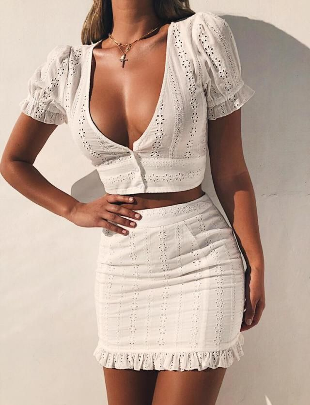 ZAFUL Eyelet Scalloped Bodycon Skirt Set   Popular white bodycon skirt set ,perfect summer look. Come to Zaful, BUY H…