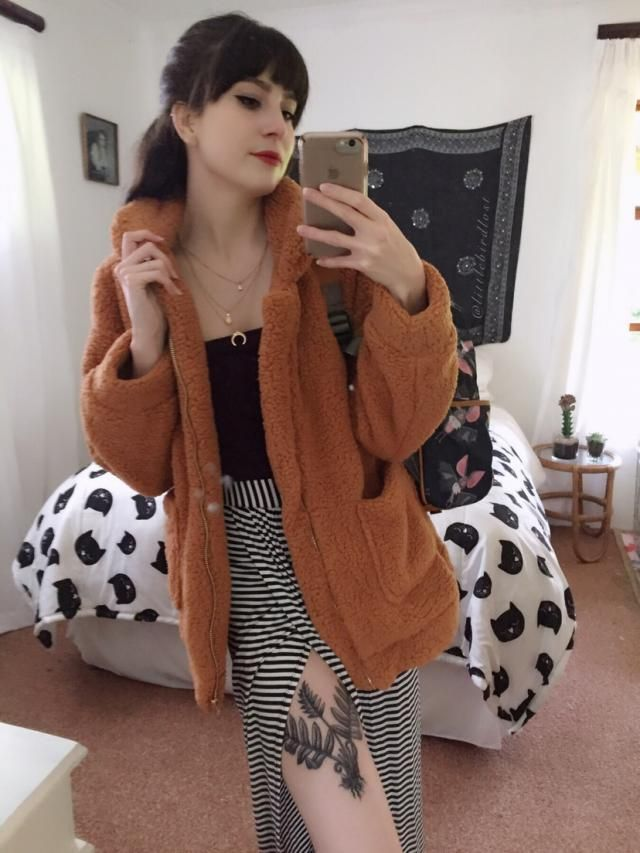 This jacket is amazing! It is so incredibly soft and fluffy. It's a oversized type of fit but I personally love that! …