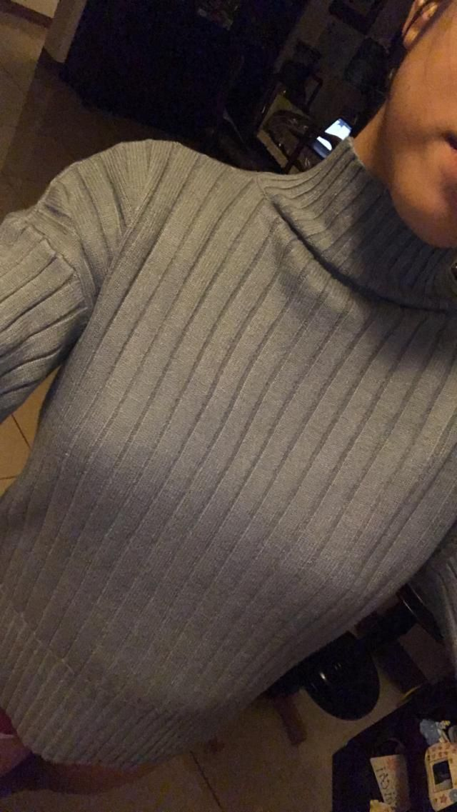 I LOVE THIS SWEATER! Literally my favorite sweater. IT IS SO SOFT AND COMFORTABLE. IT&;S PERFECT FOR THE RAINY/COOL SE…