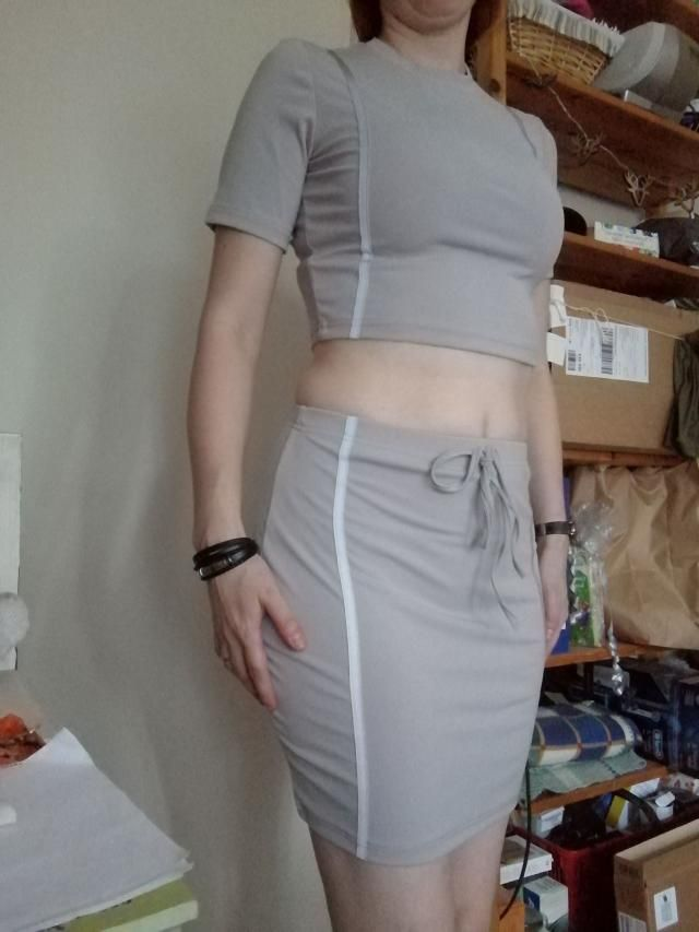 Love the grey color and it's so soft the material. True to size  Fits well