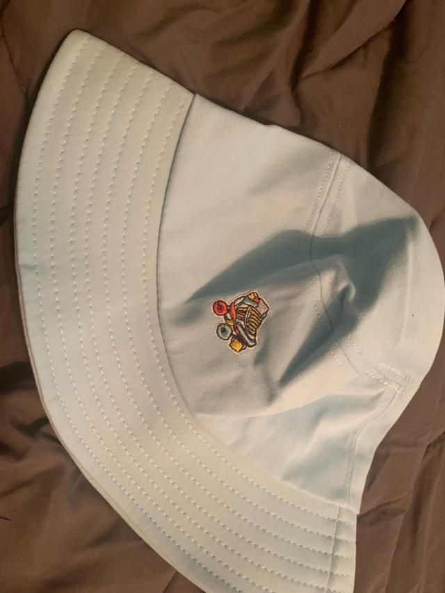 I love it so much and it's my first bucket hat!!! I wanted one of these and I'm glad to buy this one! It's a bit large…