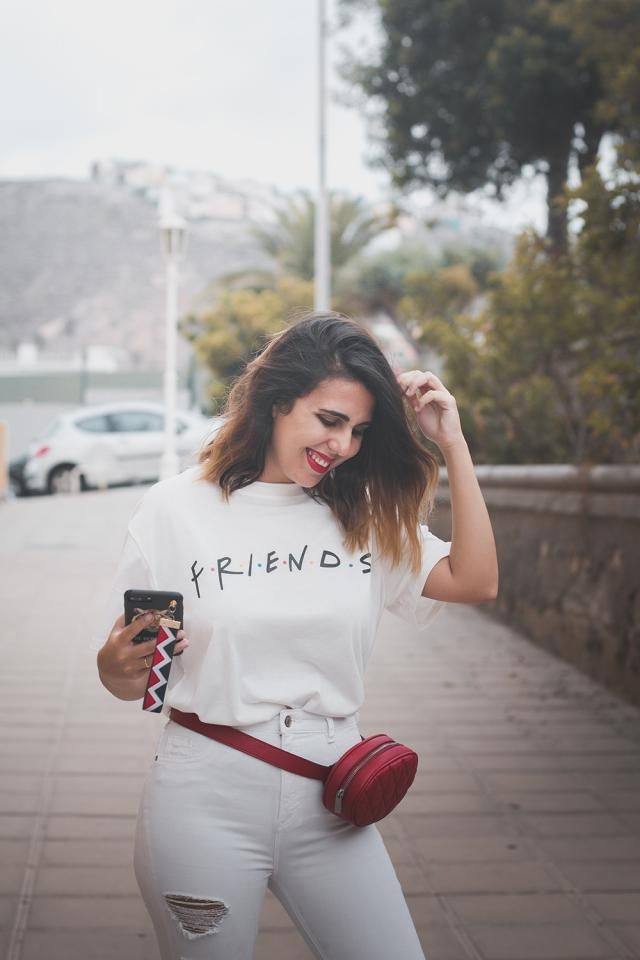I really love FRIENDS, and this shirt is amazing!