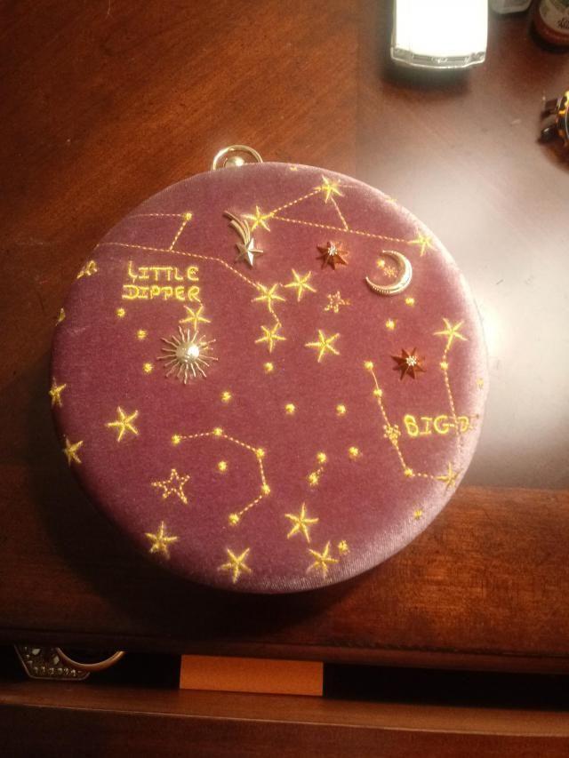 Amo este bolso. Es hermoso. Era el último que quedaba. Sorry girls!!