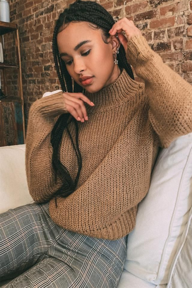 Solid Lantern Sleeve Mock Neck Plain Sweater   A nice sweater with plaid pants. Come to Zaful, BUY HERE! Beautiful clo…