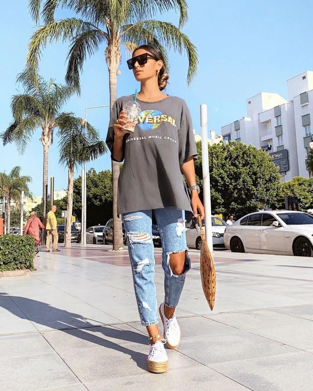 Im super fan of denim jeans! and jeans mom are so trendy right now! the ripped ones are my fave! zaful have the best on…