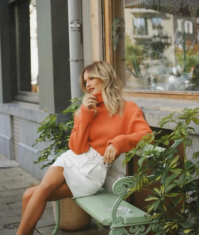 Split Hem Turtleneck Boxy Sweater Choose versatile sweaters from Zaful . Come to Zaful! Shop at Zaful !