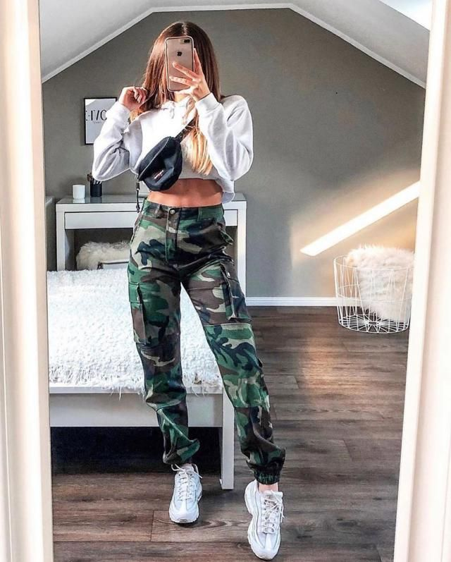 Rib-knit Trim Cropped Hoodie
