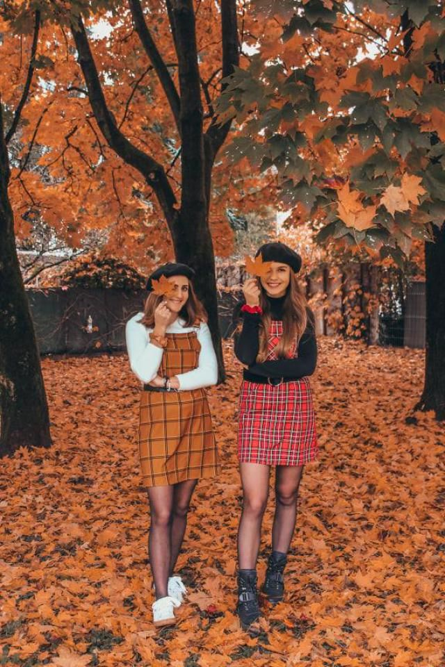Matchy matchy with my bestie! Aren&;t we rocking this scene? :P All you need is a plaid overall and you are good to…
