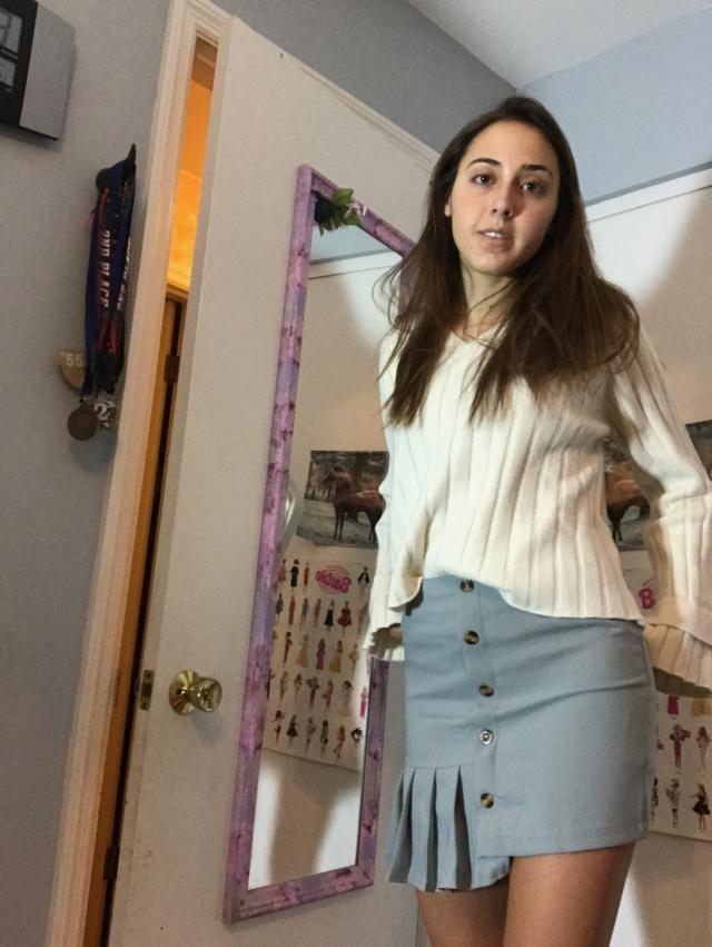 The skirt is nice. It was an adequate length, not too short not too long. It also wasn't a weird asymmetrical skirt. I…