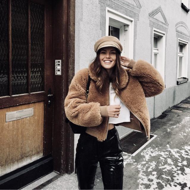 Zip Up Fuzzy Teddy Coat I love teddy coat.