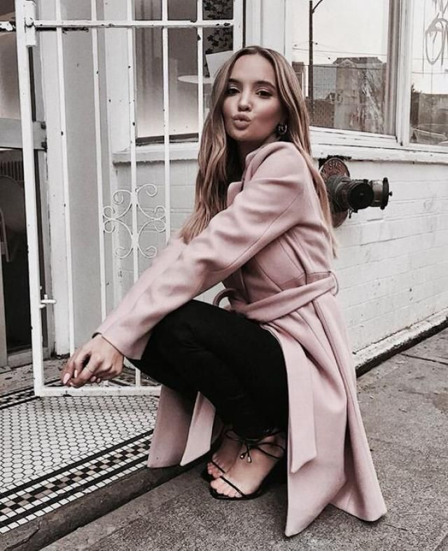 Wool Blend Pocket Belted Longline Coat Gorgeous  long coat and  jeans  from Zaful . Come to Zaful! Buy here!
