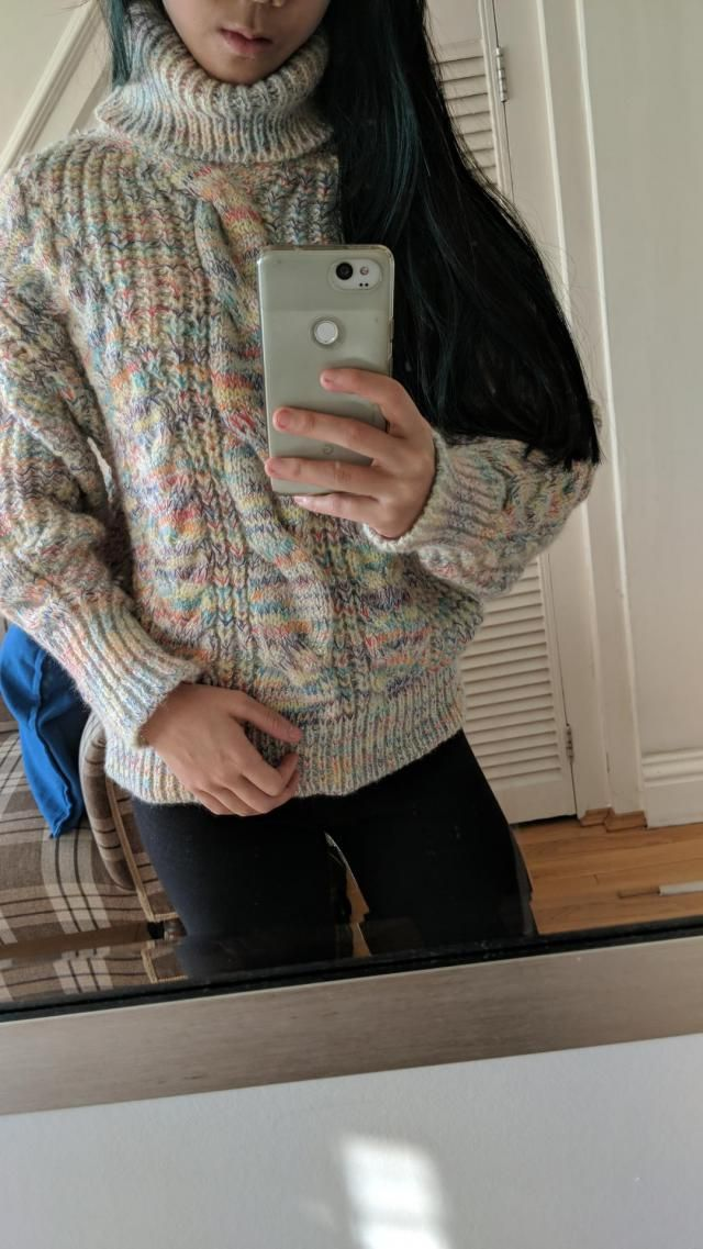 Love this jumper! Very warm, thick and comfortable. The rainbow shows up more than the original picture suggests, but …
