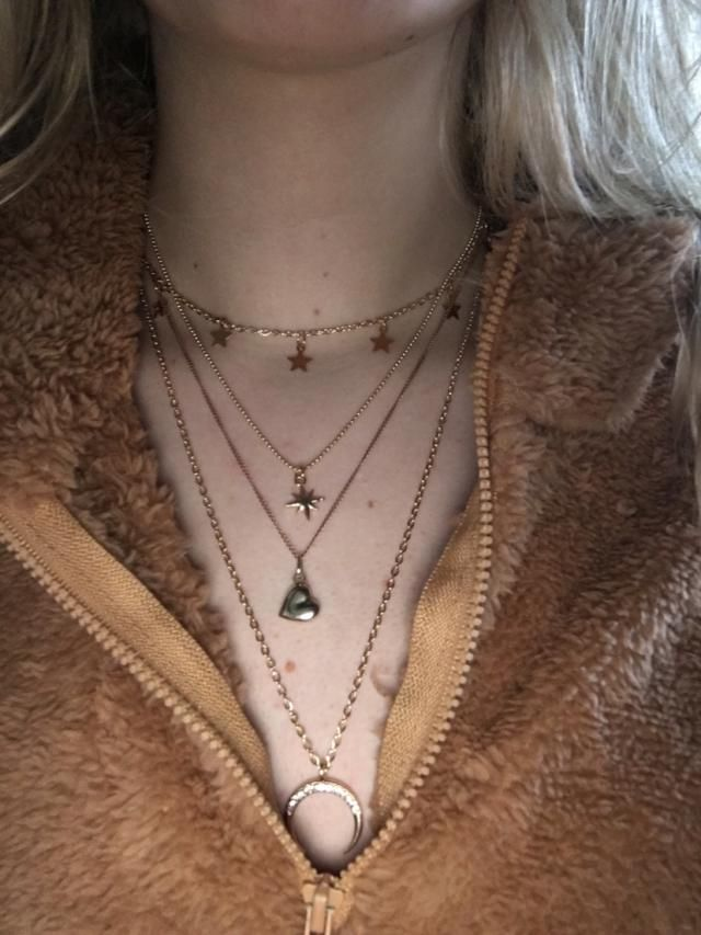 Super cute Love it cute necklace for price