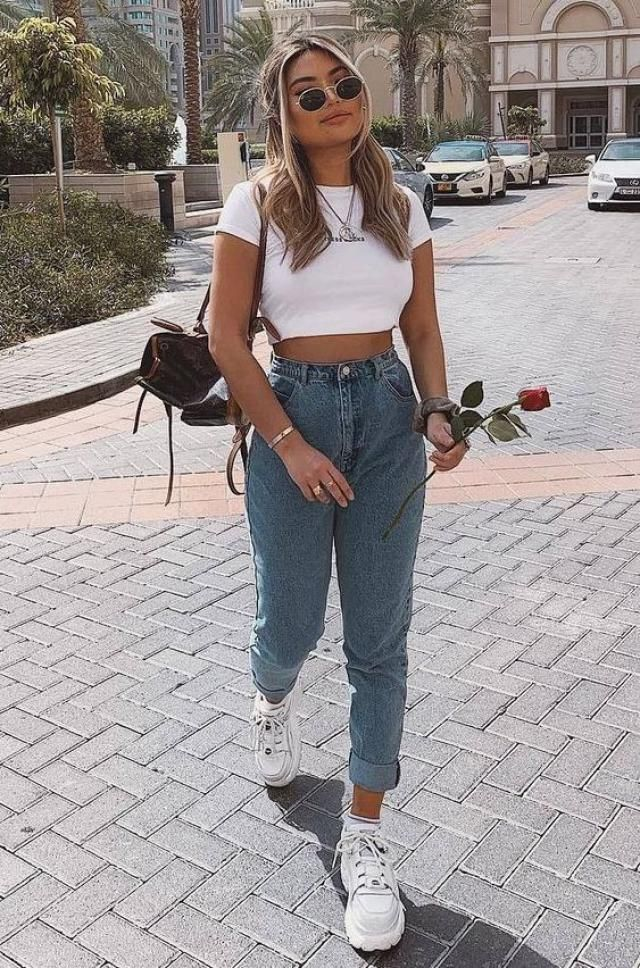 ZAFUL Graphic Cropped T Shirt 