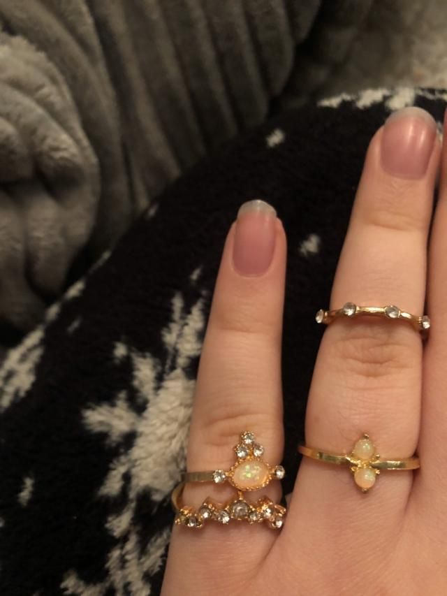 Love them!! I have semi chubby fingers btw!