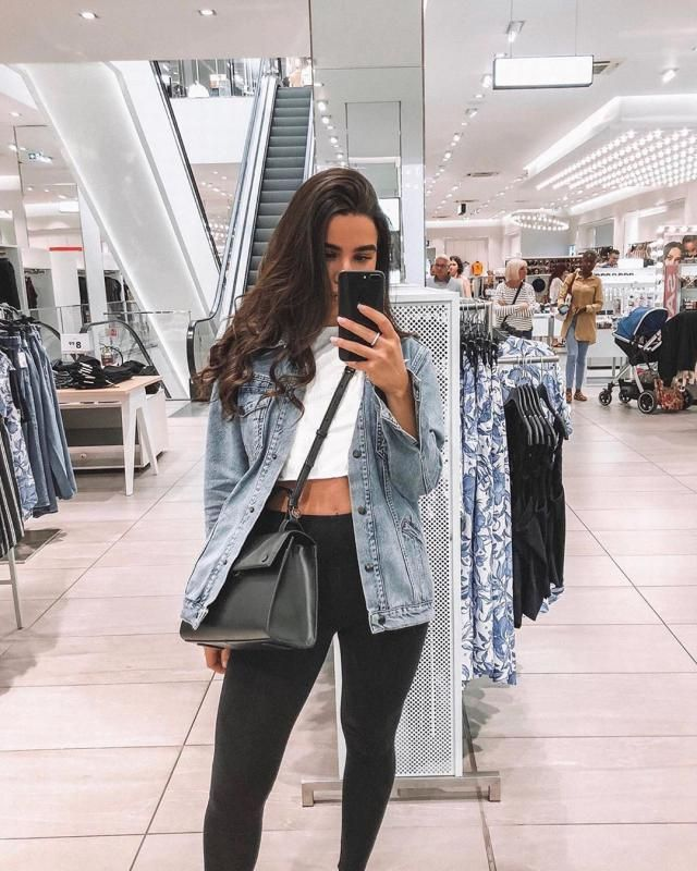 Denim jacket its a must have!♥