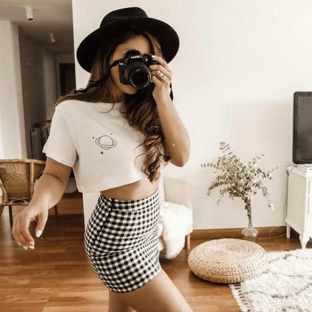 For a spring outfit this is a cool plaid skirt, get it here in ZAFUL!♥