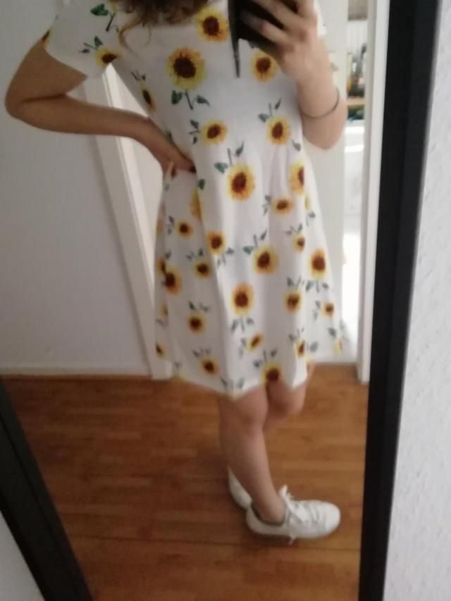 It&;s a little large which is perfect for me. This is definitely my new favorite dress