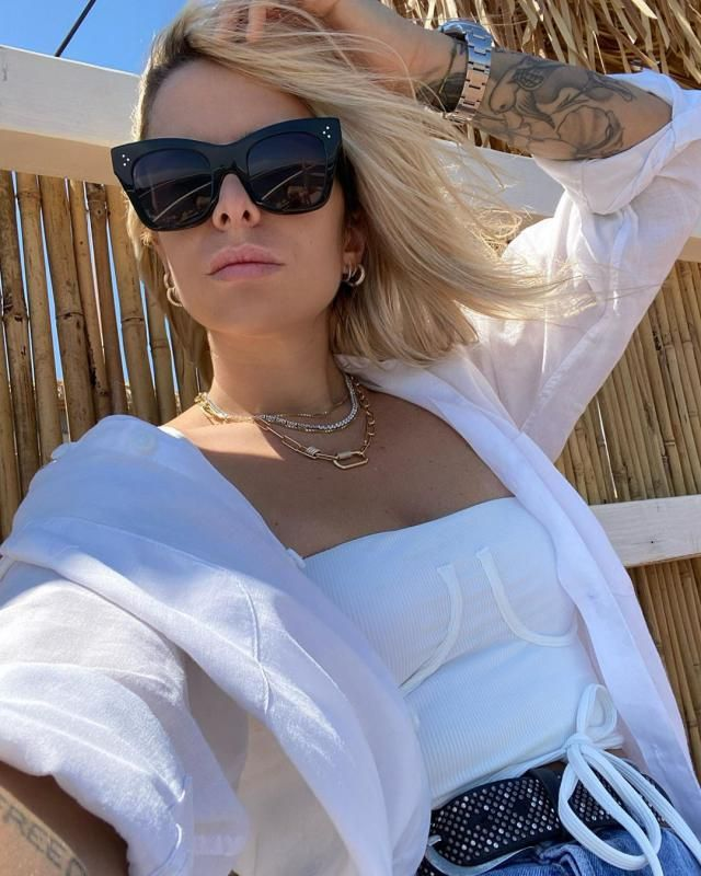 ♥GET THIS CROP TOP HERE IN ZAFUL, its unique, fancy and very stylish!♥