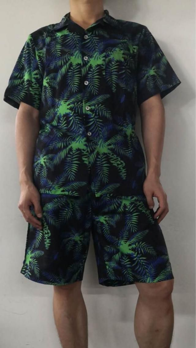 Great shirt. True to size and fits well. Looks exaclty like the pictures The fabric is very comfortable