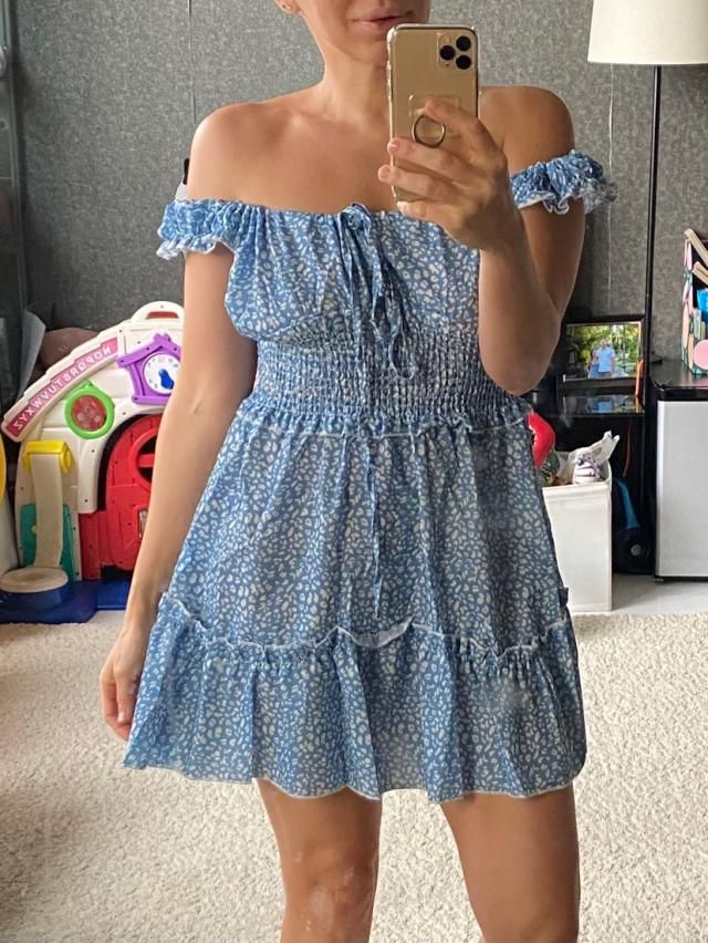 Absolutely in love with this dress . Super cute Fits well True to size Looks exaclty like the pictures  Comfortable an…