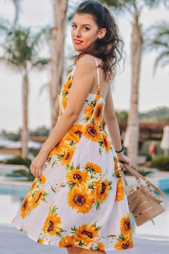 Button Sunflower Print Dress Summer is coming ! A beautiful dress from Zaful-a, buy here! Zaful Shop!