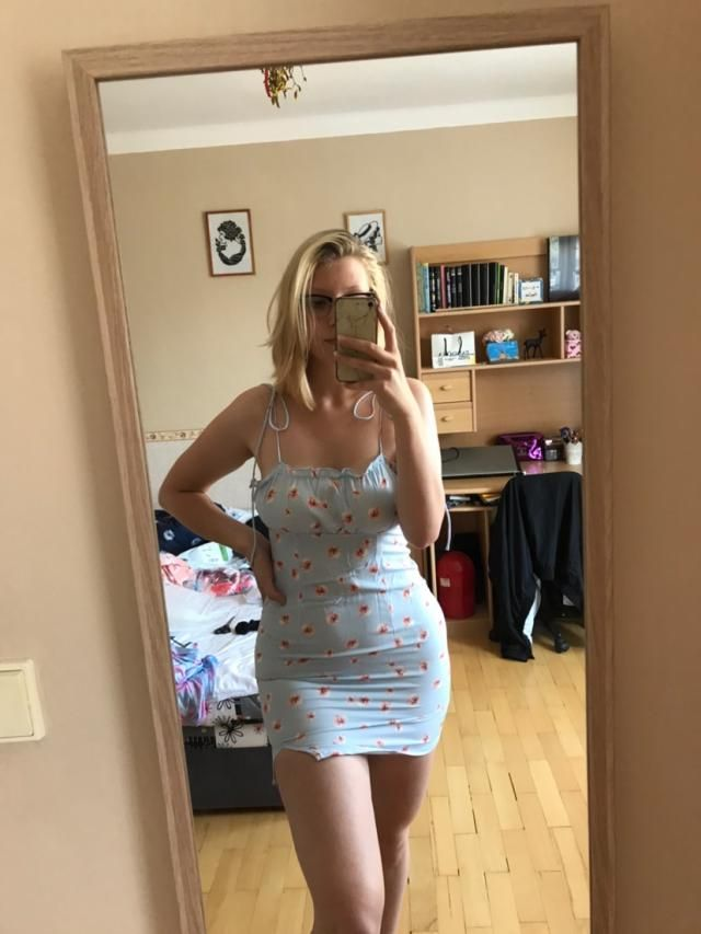 I love this dress! It's super cute and comfy, but its a bit short for me since I am 5'9.