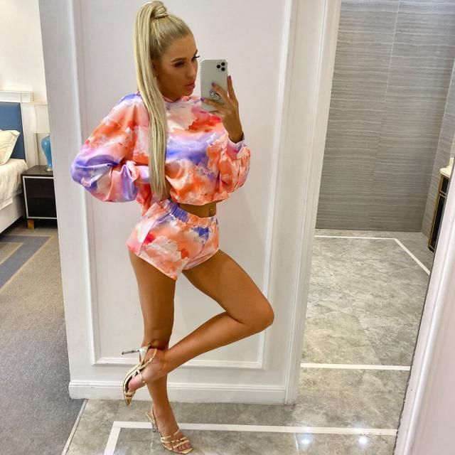 ZAFUL Tie Dye Crop Sweatshirt And Dolphin Shorts Set