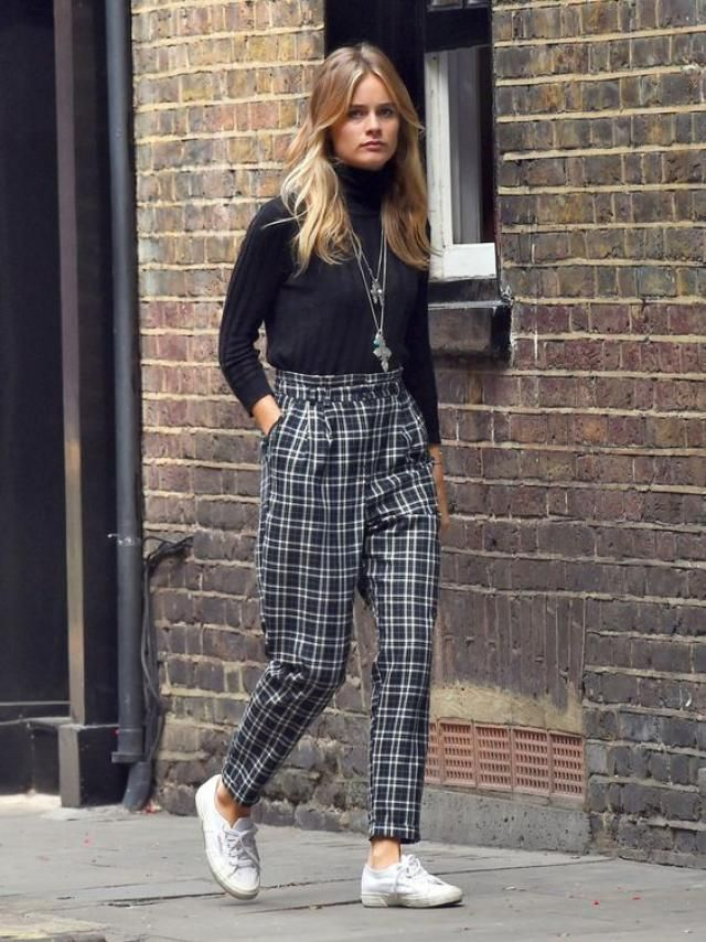 ZAFUL Plaid High Rise Tapered Pants  Buy these gorgeous sweater and plaid pants from Zaful. A perfect fall fashion. S…