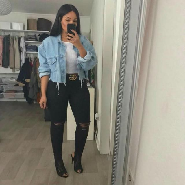 A perfect jacket with jeans and top from Zaful.