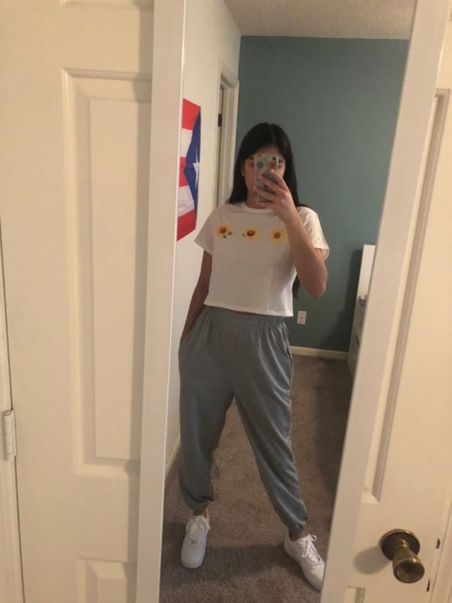 Very baggy, as they should be. Really like these pants. Super comfortable and the elastic isn't too tight.