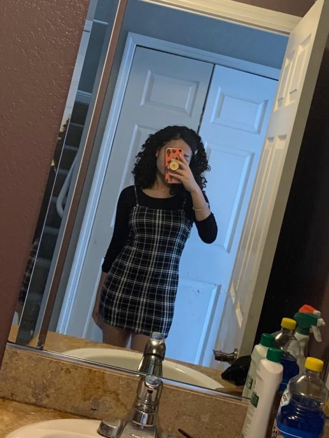 The dress fits right but it's kinda short. I'm 5'2 and it ends just past my butt. But it's really cute and I got tons …