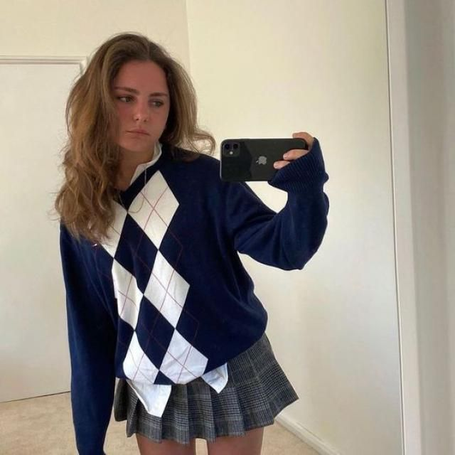 Argyle Graphic Knit V Neck Sweater New in Zaful! Wonderful crop cardigan and jeans. Shop at Zaful!