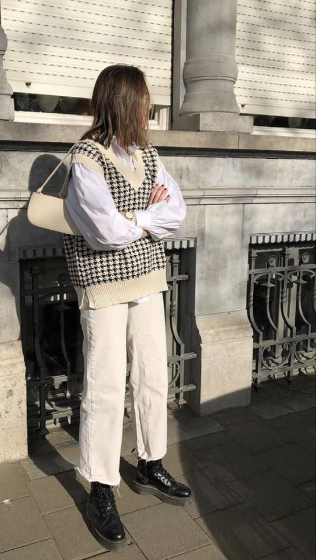 If you want to make a real statement on the streets or at work, then think about wearing houndstooth piece of cloth :D …
