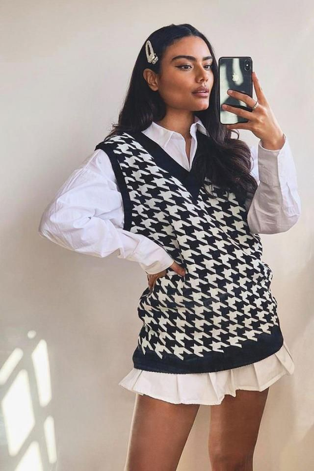 Houndstooth is the classic pattern that will continue ushering the androgynous look into 2020 mainstream fashion!      …