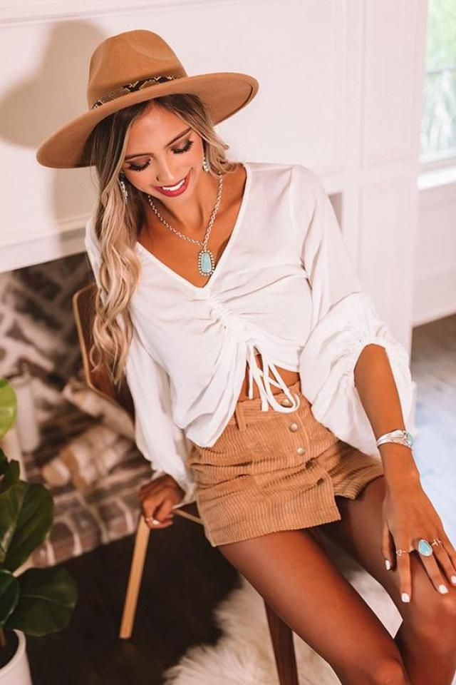 ZAFUL Crinkle Cinched Lettuce Trim T-shirt A nice sweater with ckirt .Come to Zaful, BUY HERE! Beautiful clothing of a…