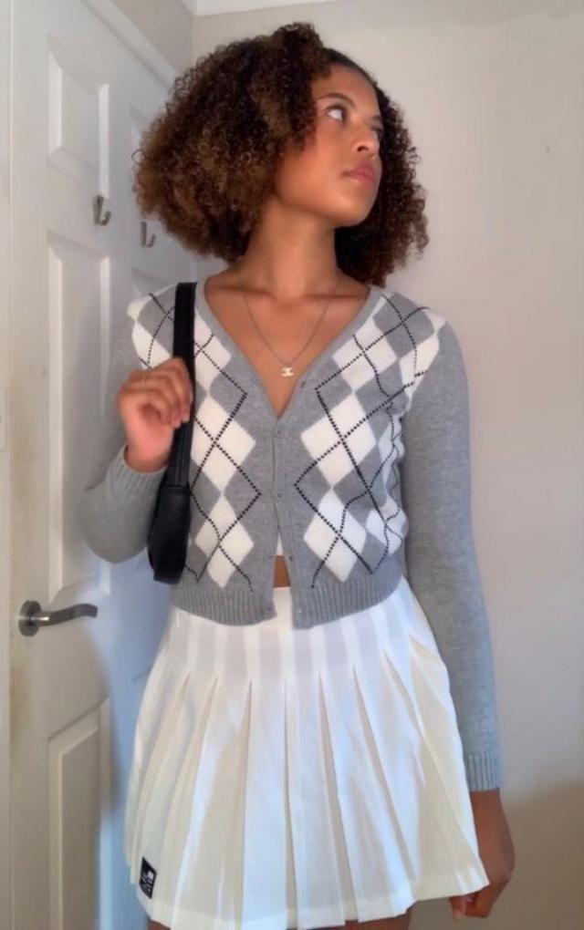 ZAFUL Argyle Button Up Plunging Cardigan  A perfect fall fashion. Shop at Zaful!